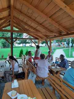 Galeria Wspólne grillowanie podczas Dni Otwartych w Klubie Senior+